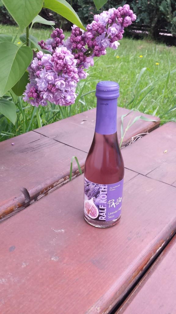 Lavendel und Feige trifft auf meinen Flieder im Garten (weils farblich so schön passt)