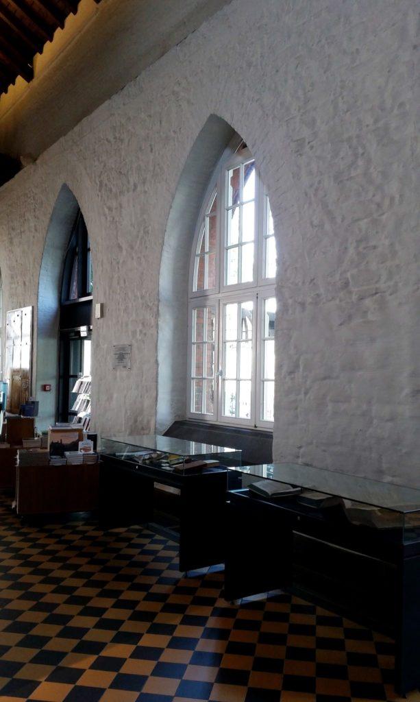 Fenster Museum am Strom Hildegard von Bingen