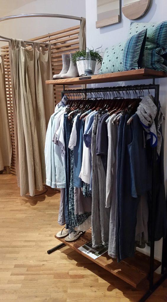 kohnoa Kleidung