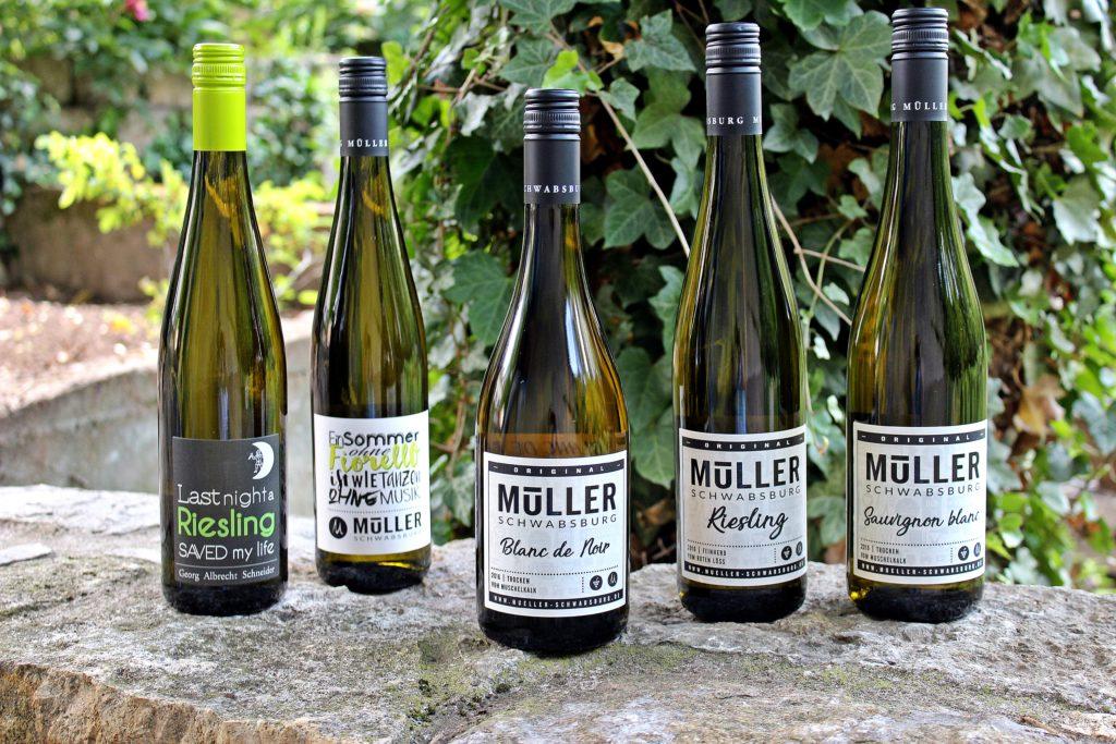 Weinflaschen Weingut Müller Schwabsburg Rheinhessen