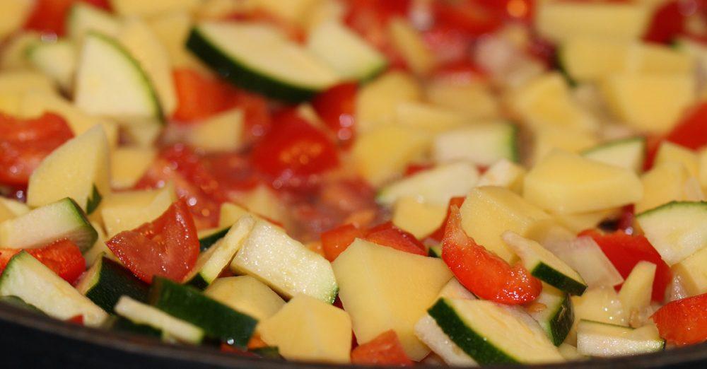 Basisches Gemüse-Kartoffel-Gulasch