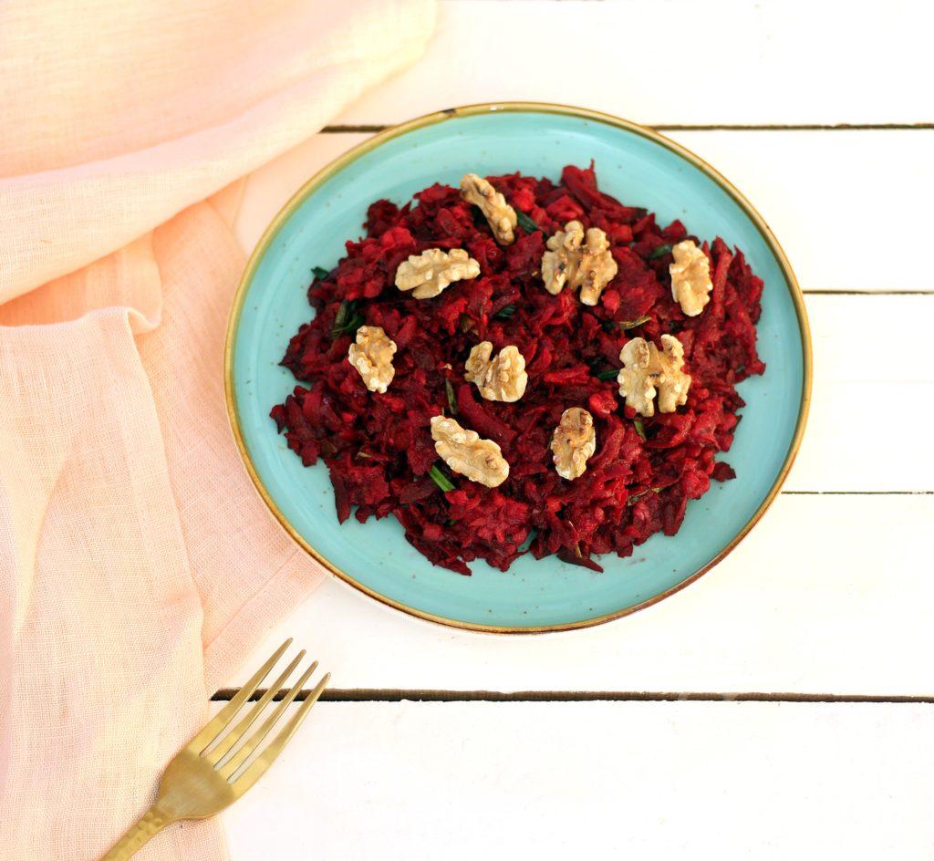 Rote Bete Salat mit Walnüssen - gesund und lecker