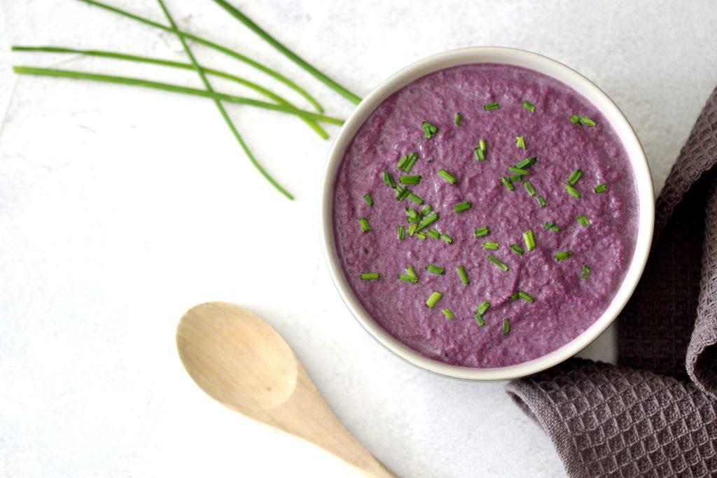 Leckere Rotkohlsuppe - schmeckt und macht sofort glücklich!
