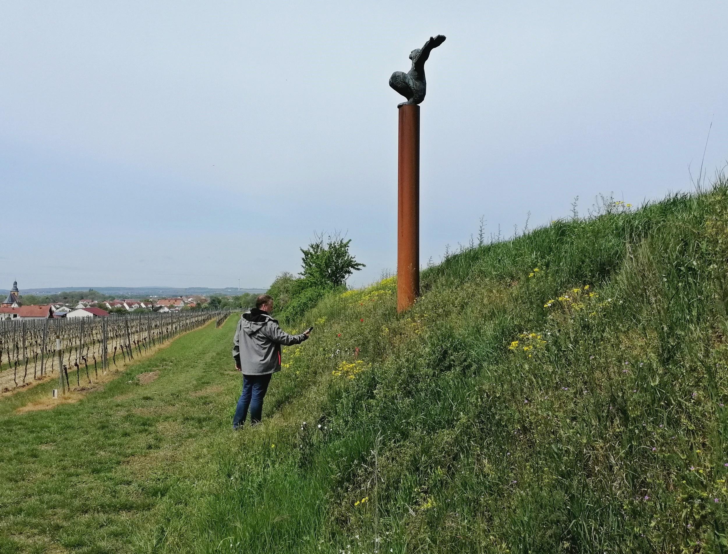 Skulptur Ikarus Abenheimer Skulpturenweg Rheinhessen